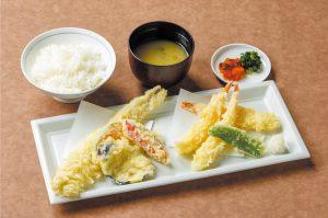 天ぷら豪華盛り定食